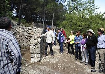 Llocs que va ser importants a la batalla de l'Ebre Aquí ens mostren una sèrie de construccions on s'allotjava el comandament de l'exercit republicà, format per 5.000 homes,  dirigits  pel  tinent  coronel  Manuel  Tagueña. Aquest  campament  es  va  descobrir  l'any  2005.