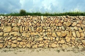 Vista detallada d'un fragment de la mateixa paret.