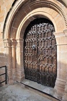 Porta de l'església romànica de Torrebesses