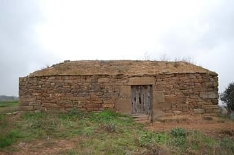 Una altra de les cabanes da façana lateral.