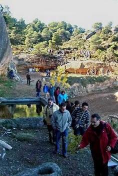 El 25 de novembre de 2007 hi vam tornar, amb el Josep Preixens de guia. Érem una generació impossible, com es veu... Passem per la mateixa bassa, ara desgelada.