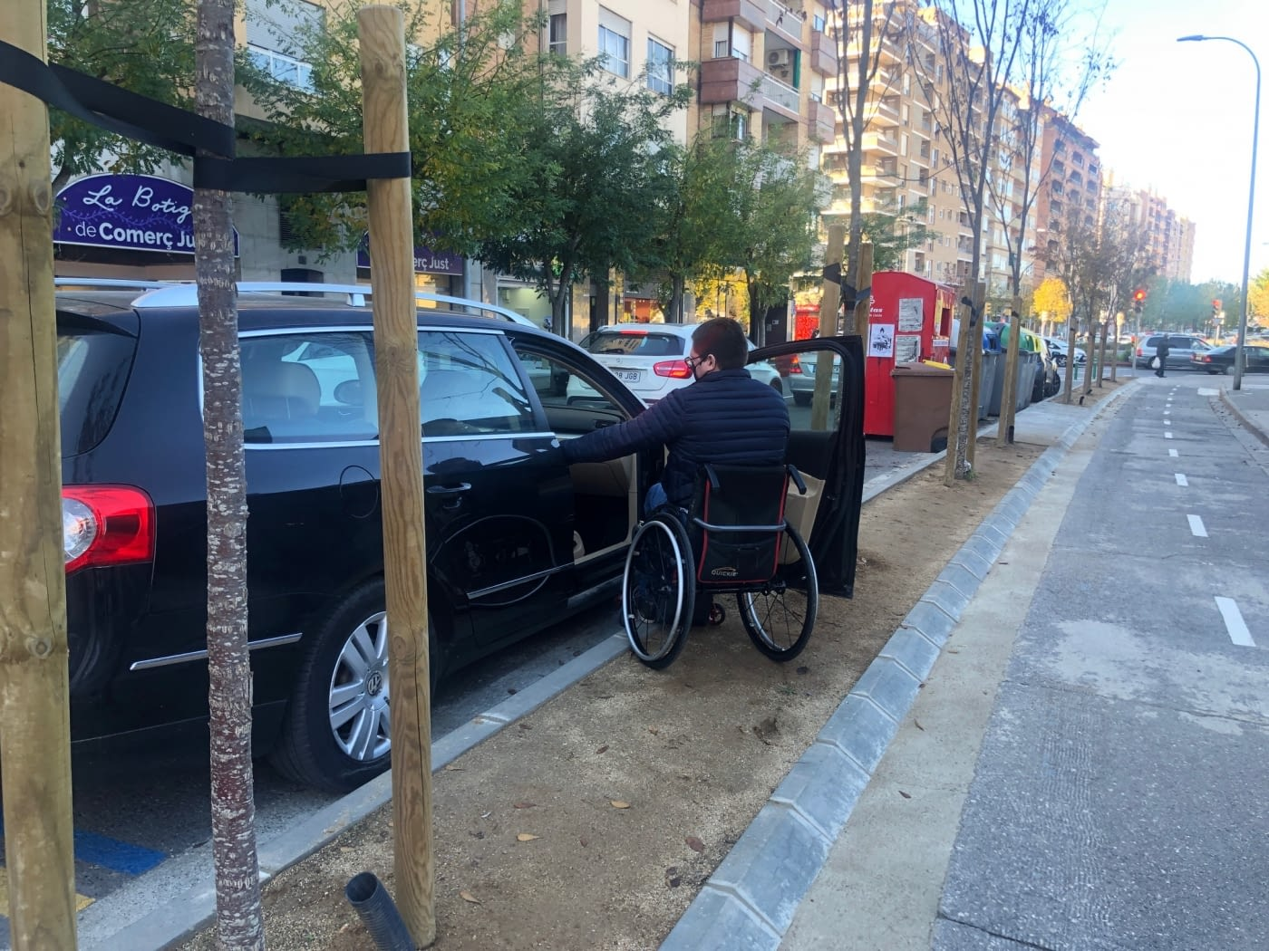 Algunos tramos de carril bici provocan graves problemas de movilidad