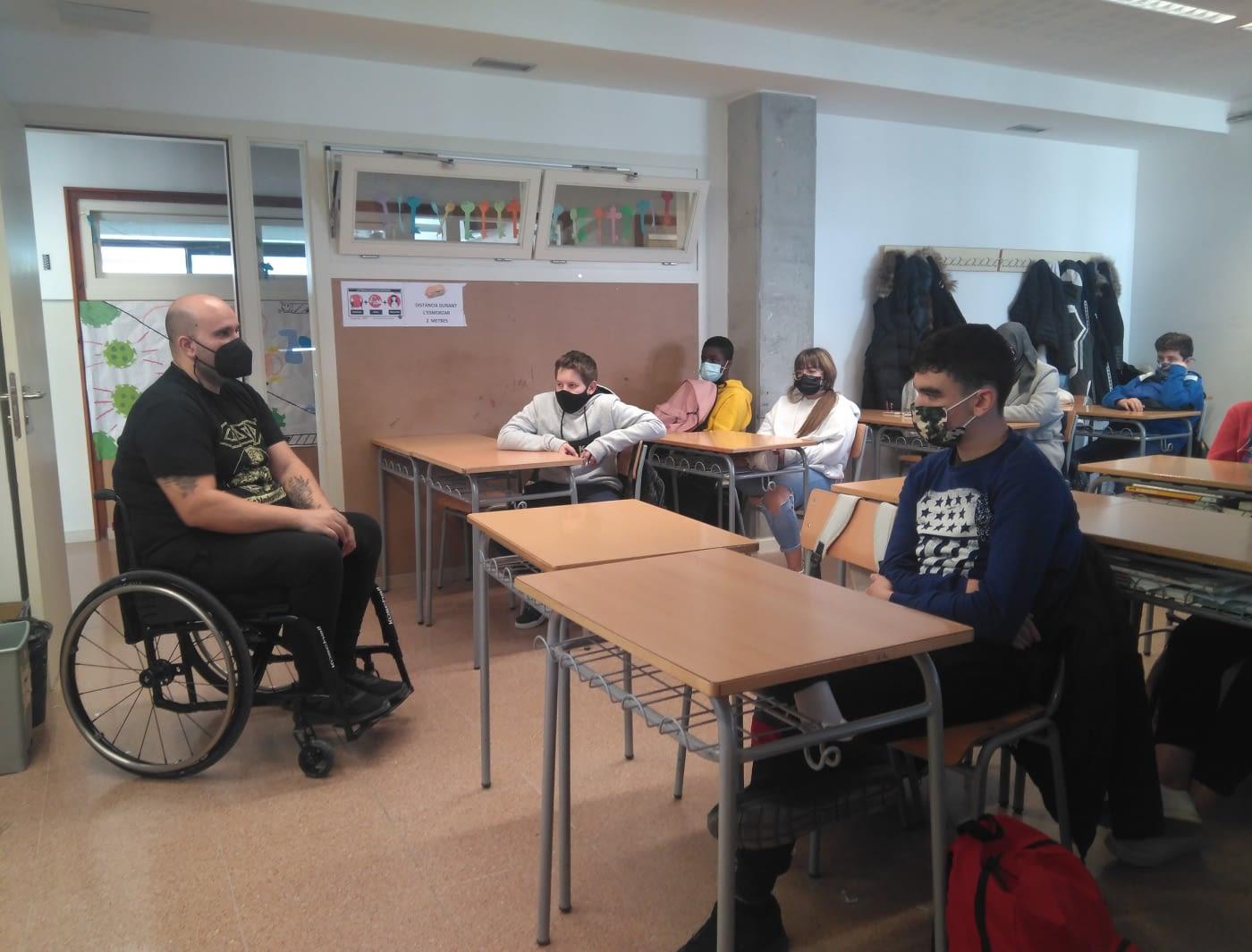 Transformando Perspectivas! Sensibilización de la discapacidad física a alumnos/as de Institutos de Lleida