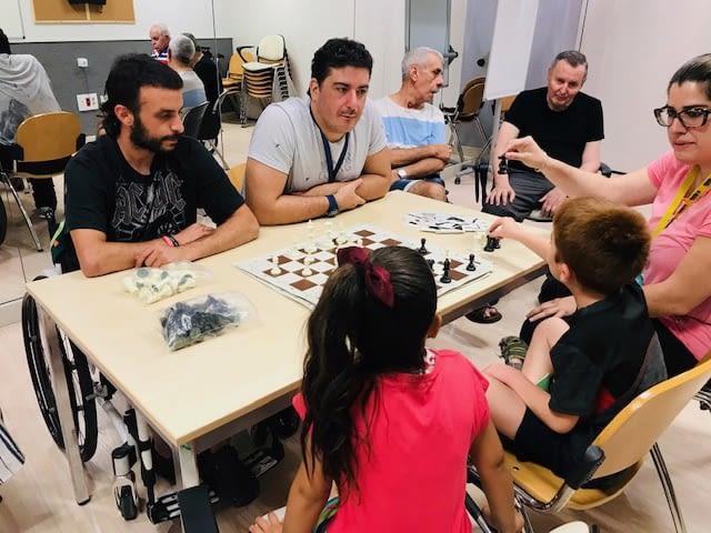 Acció de sensibilització entre usuaris del Centre d'ASPID i infants del Servei Socioeducatiu Municipal Gínjol