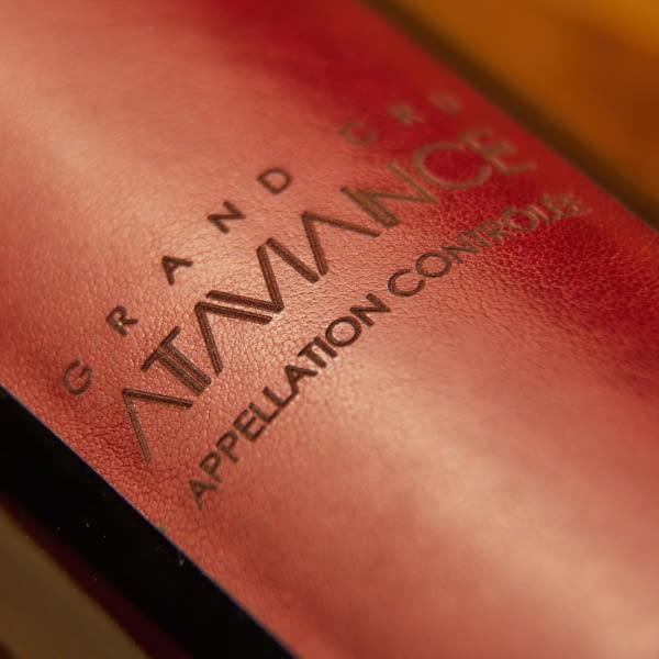 Etiquetas de piel sintética autoadhesivas personalizadas