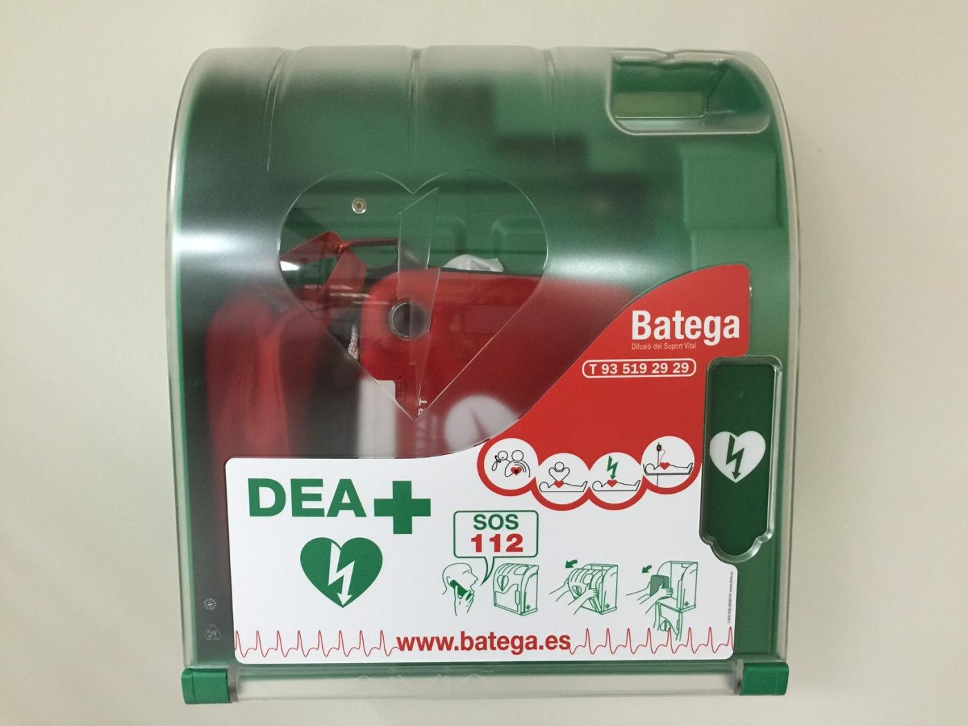Calaf Grup instal·la un desfibril·lador automàtic a la seva seu central de Calaf