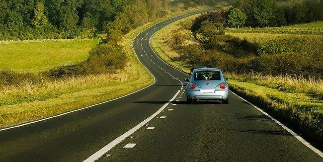 Consejos prácticos para viajar en coche en vacaciones