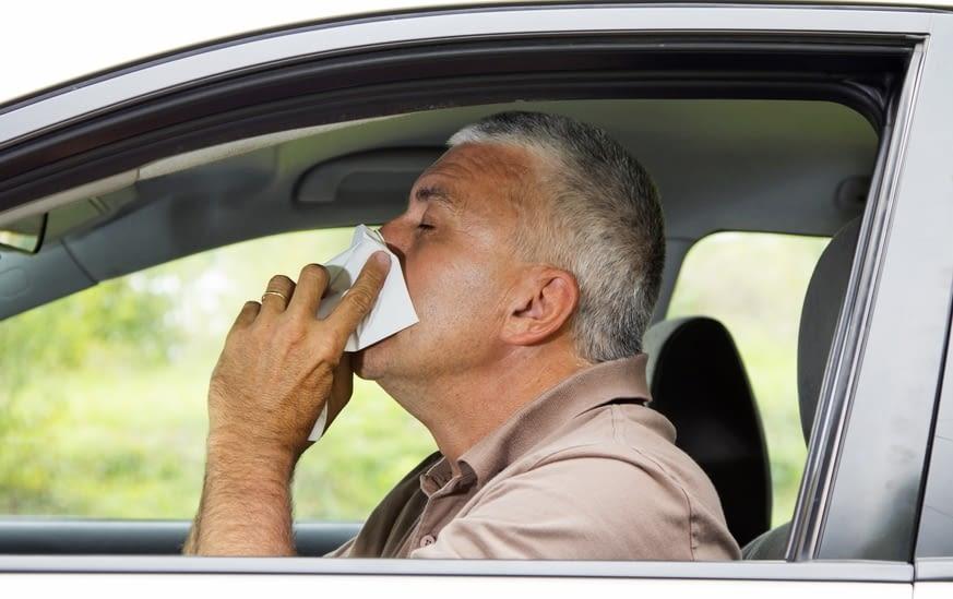 Alergias y conducción: precauciones al volante