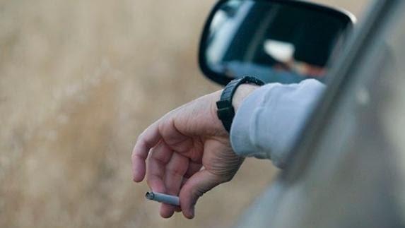 Si fumas, ¡no conduzcas!