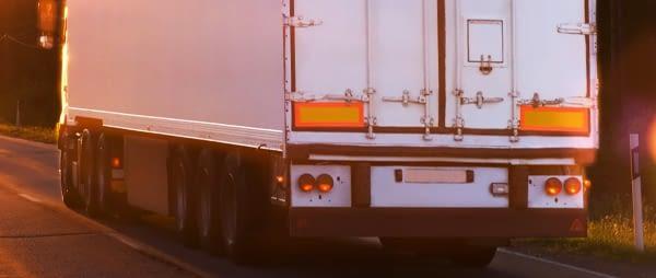 5 consejos para tener las placas de vehículos largos en buenas condiciones
