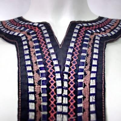 Cuello Etnico Azul