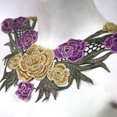 Cuello Rosas Lilas