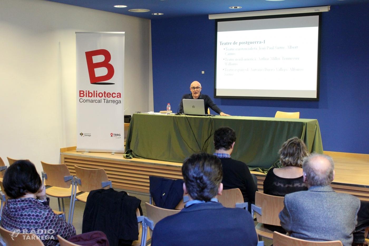 Tàrrega divulga l'obra dramàtica de l'escriptor Manuel de Pedrolo amb una conferència del catedràtic Enric Gallén