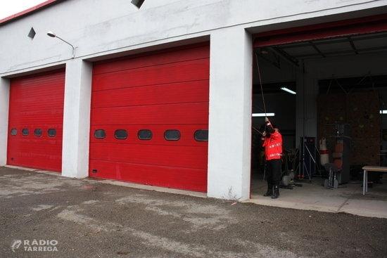 Almenys una quinzena de parcs de bombers voluntaris de Lleida estan tancats per falta de personal
