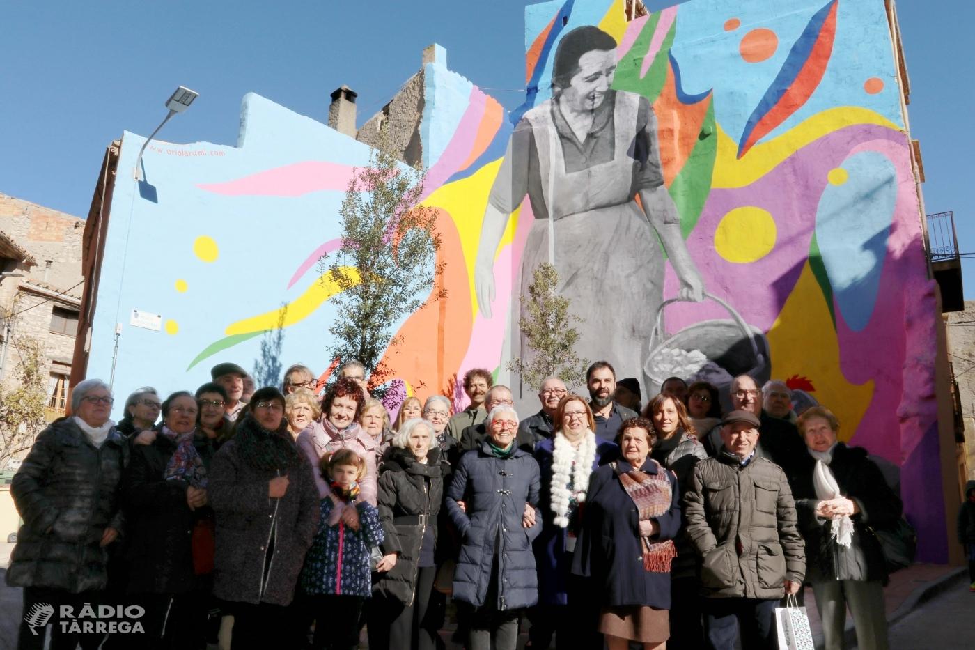 Sant Martí de Maldà inaugura la plaça 1 d'Octubre
