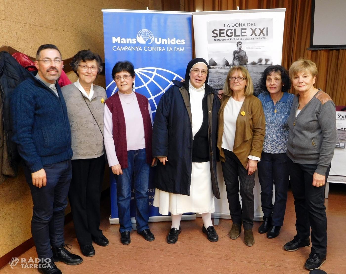 Mans Unides de Tàrrega recapta més de 1.000 euros en el Sopar Solidari i la xerrada de Sor Lucía Caram
