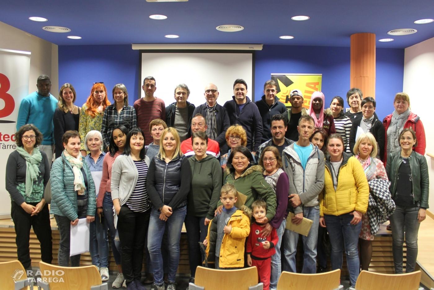 Tàrrega forma 22 noves parelles lingüístiques per ajudar a aprendre el català
