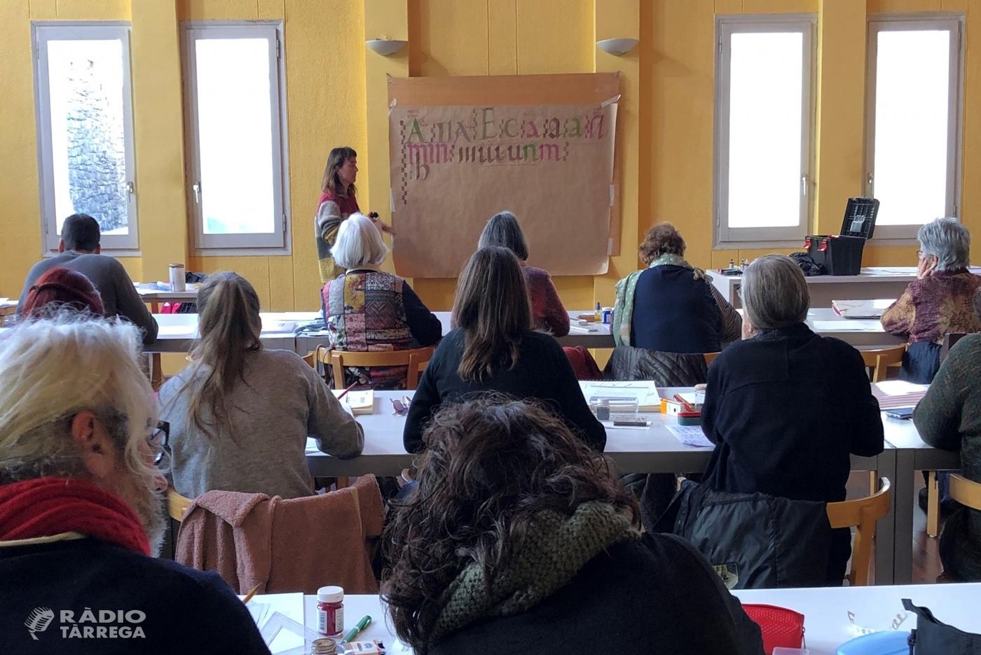Tàrrega imparteix mitjançant l'Arxiu Comarcal de l'Urgell un ampli programa de tallers i cursos sobre patrimoni documental