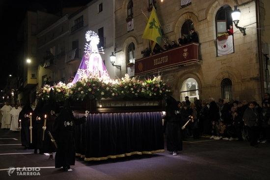 Bellpuig dona el tret de sortida als actes religiosos de Setmana Santa amb la Magna Processó Penitencial dels Dolors