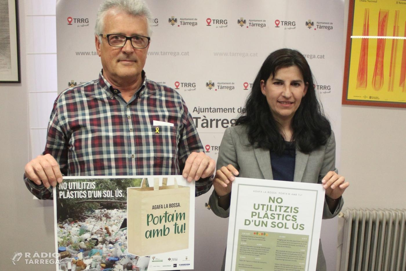 Tàrrega promou una campanya ecològica per reduir la presència de plàstics d'un sol ús en l'entorn
