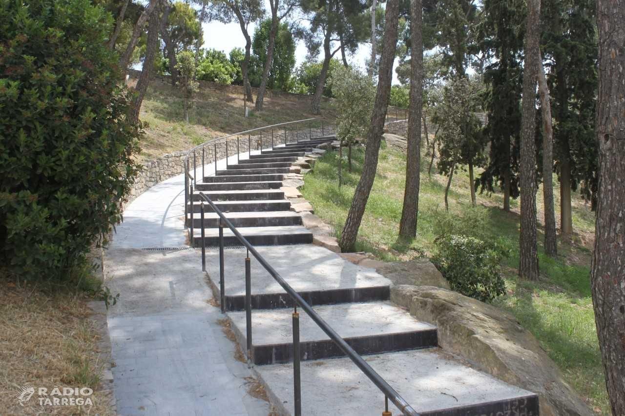 Tàrrega construeix una escalinata de pedra amb rampa en un dels camins del Parc de Sant Eloi