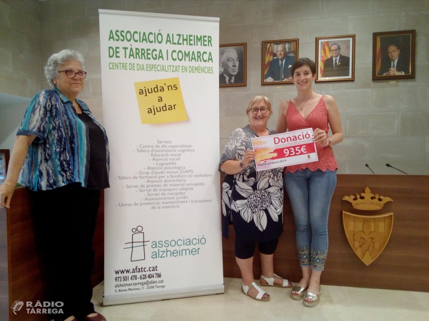 Acte d'entrega de la recaptació de la 4a Paella Solidària d'Agramunt