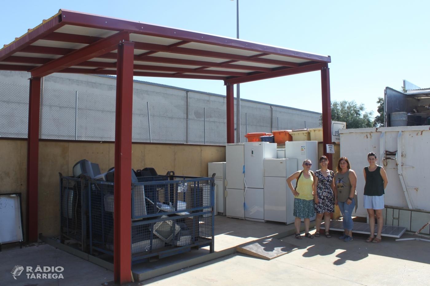 L'Ajuntament de Tàrrega construeix una coberta a la deixalleria municipal per millorar el tractament dels residus d'electrodomèstics