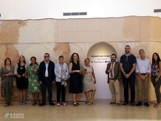 Una exposició mostra trenta obres d'artistes catalans inspirades en l'imaginari de Guinovart