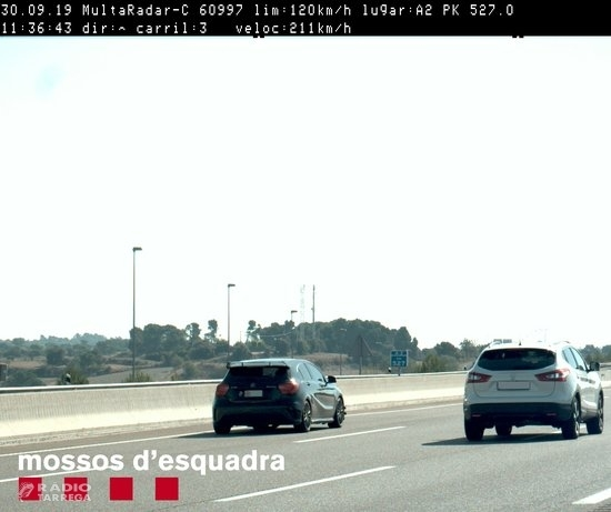 Denunciat un conductor per circular a 211 km/h per l'A-2, a la Segarra