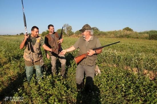 La demarcació de Lleida obre la mitja veda en què els caçadors poden abatre petites aus i guineus