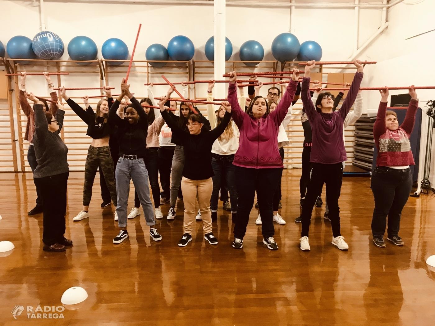 """Dansa inclusiva al Festival solidari """"Scapem amb la música"""" de l'Escola Vedruna de Tàrrega amb el Grup Alba"""