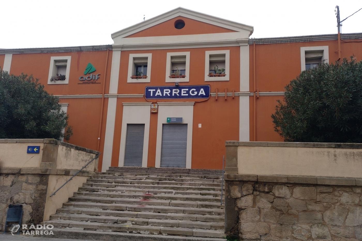 """L'Alcaldessa de Tàrrega afirma que """"mouran els fils necessaris"""" perquè l'estació de tren estigui en condicions"""