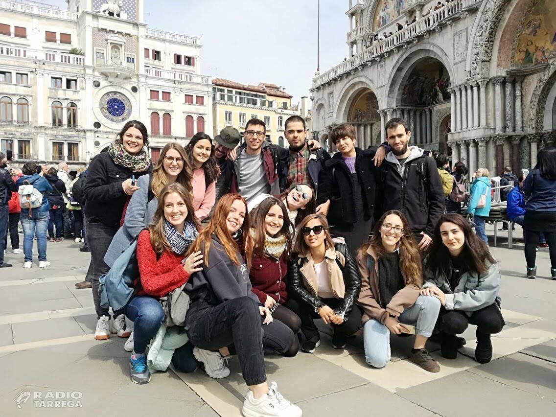El programa Mobilicat, gestionat a Lleida pel servei Enfoc del grup Alba, busca joves lleidatans per realitzar pràctiques laborals i formatives a empreses d'Alemanya i Itàlia