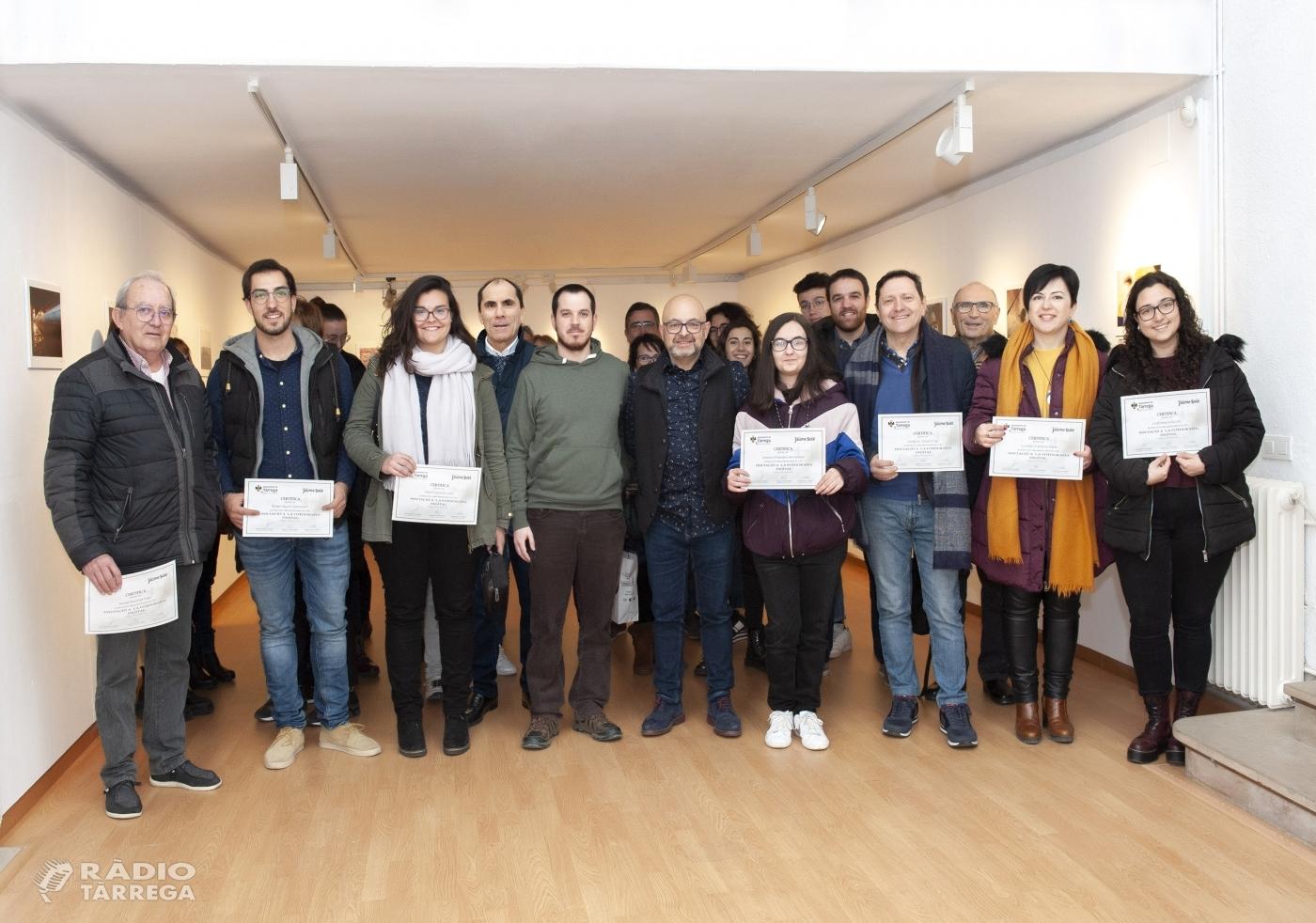 La Sala Marsà de Tàrrega exhibeix els treballs del curs de fotografia impartit per Jaume Solé