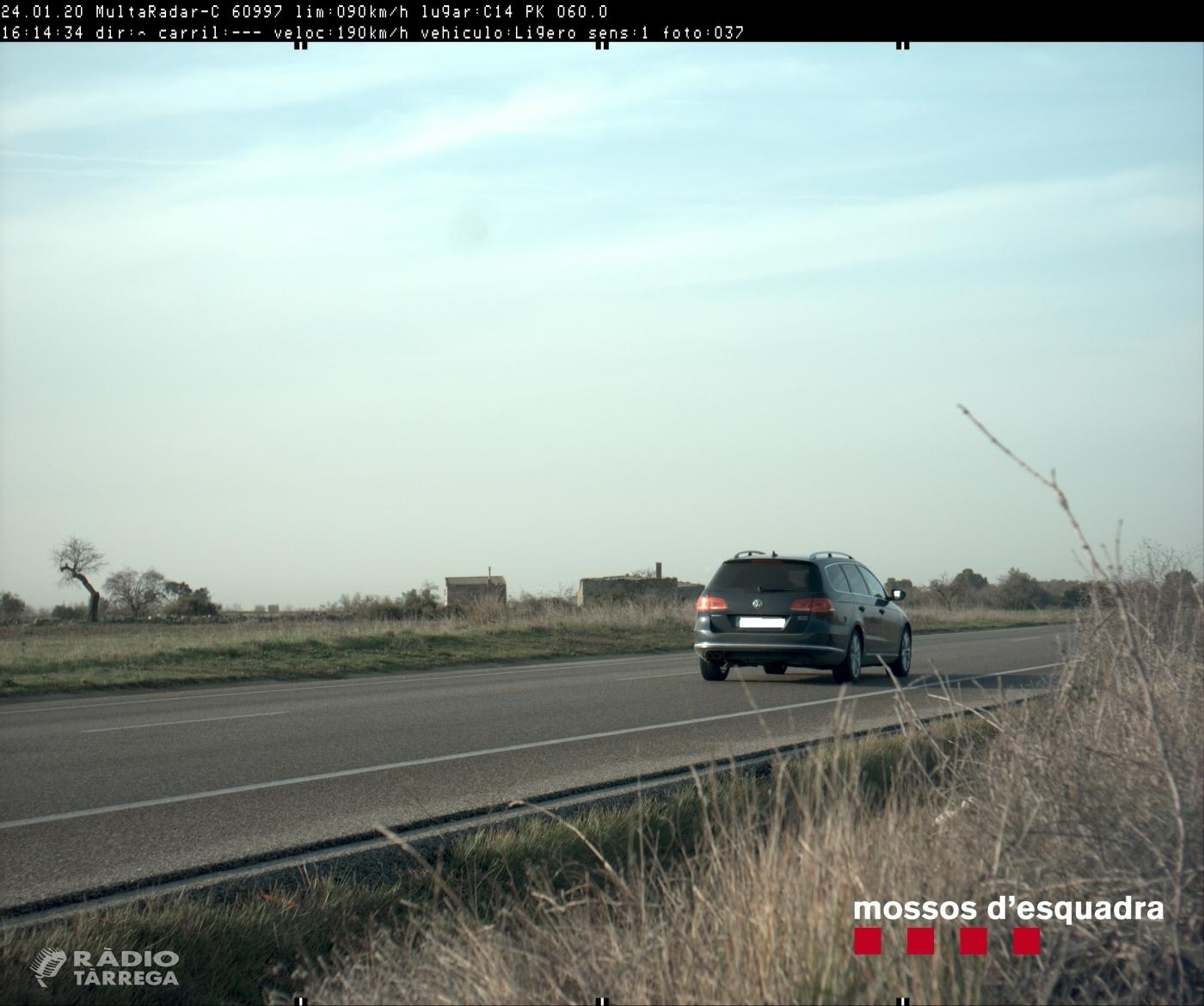 Els Mossos denuncien penalment un conductor que circulava a 190 km/h per la C-14 al terme municipal de Ciutadilla a l'Urgell