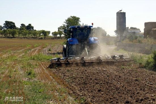 Les arades i altres arreus agraris amb roda passen a considerar-se vehicles i hauran d'estar homologats i matriculats