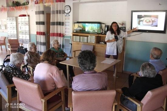El Govern tanca tots els centres de dia per a gent gran a partir de dilluns i amplia el servei d'atenció domiciliària