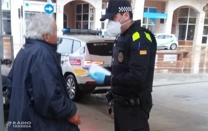 La Policia Local de Tàrrega intensifica al carrer les accions de protecció de la gent gran contra el coronavirus