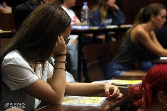 Els exàmens de les PAU tindran més opcions de tria en els enunciats i puntuacions adaptades en alguns casos