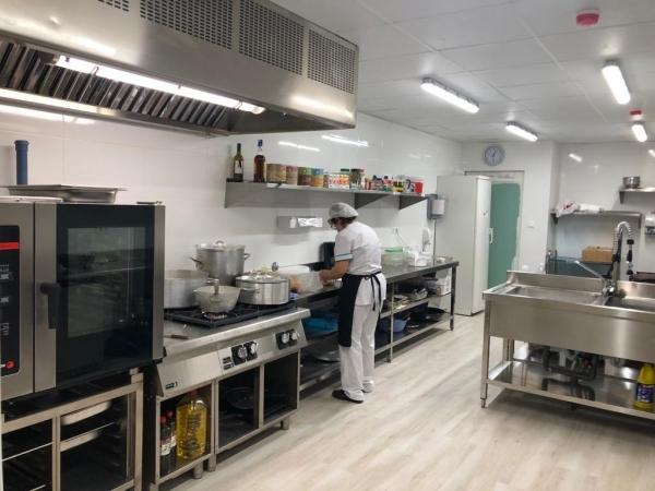 La residència Mas Vell d'Agramunt recupera el servei cuina propi