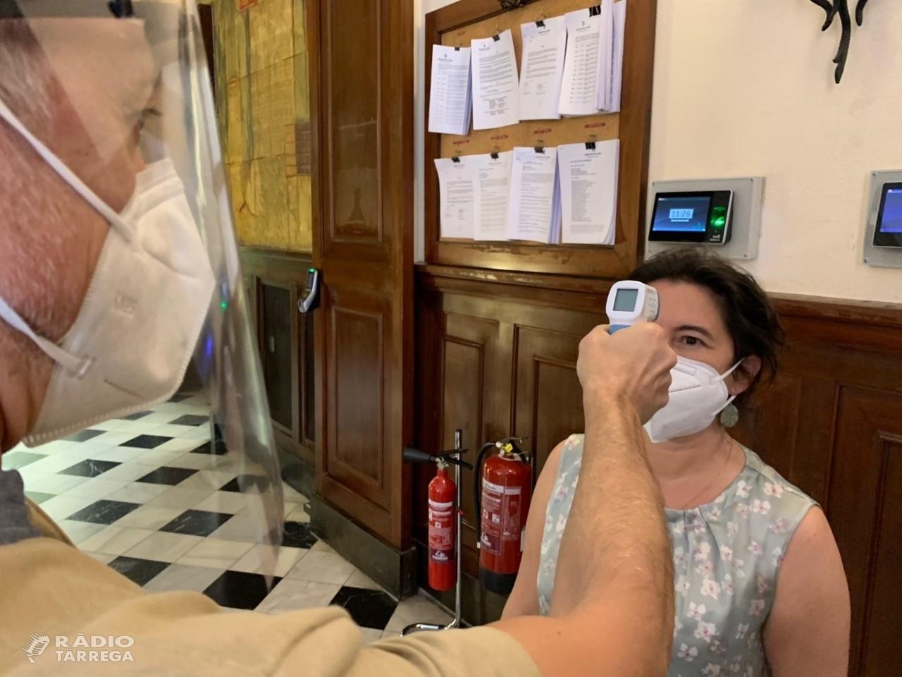 La Diputació facilita termòmetres digitals als ajuntaments i consells comarcals de la demarcació