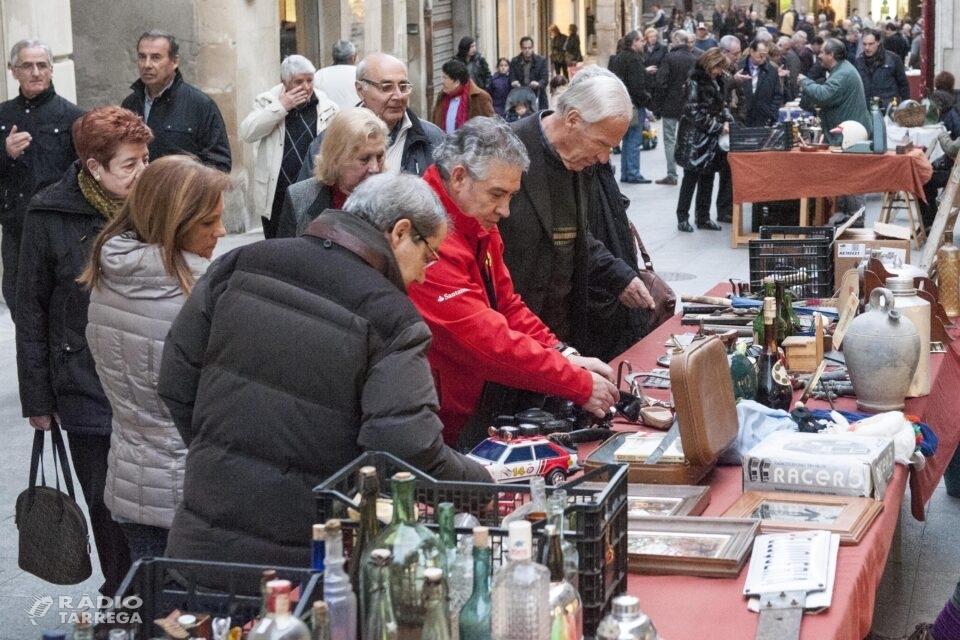 El mercat d'antiguitats i de les arts de Tàrrega torna aquest dissabte amb una desena de paradistes