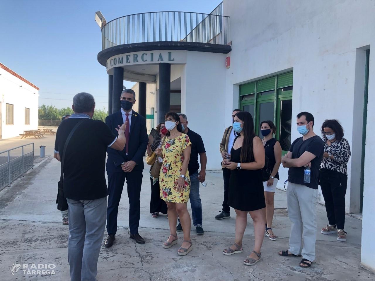 El Conseller d'Afers Exteriors, Relacions Institucionals i Transparència, Bernat Solé, visita Cal Trepat i es reuneix amb l'equip directiu de Fira Tàrrega