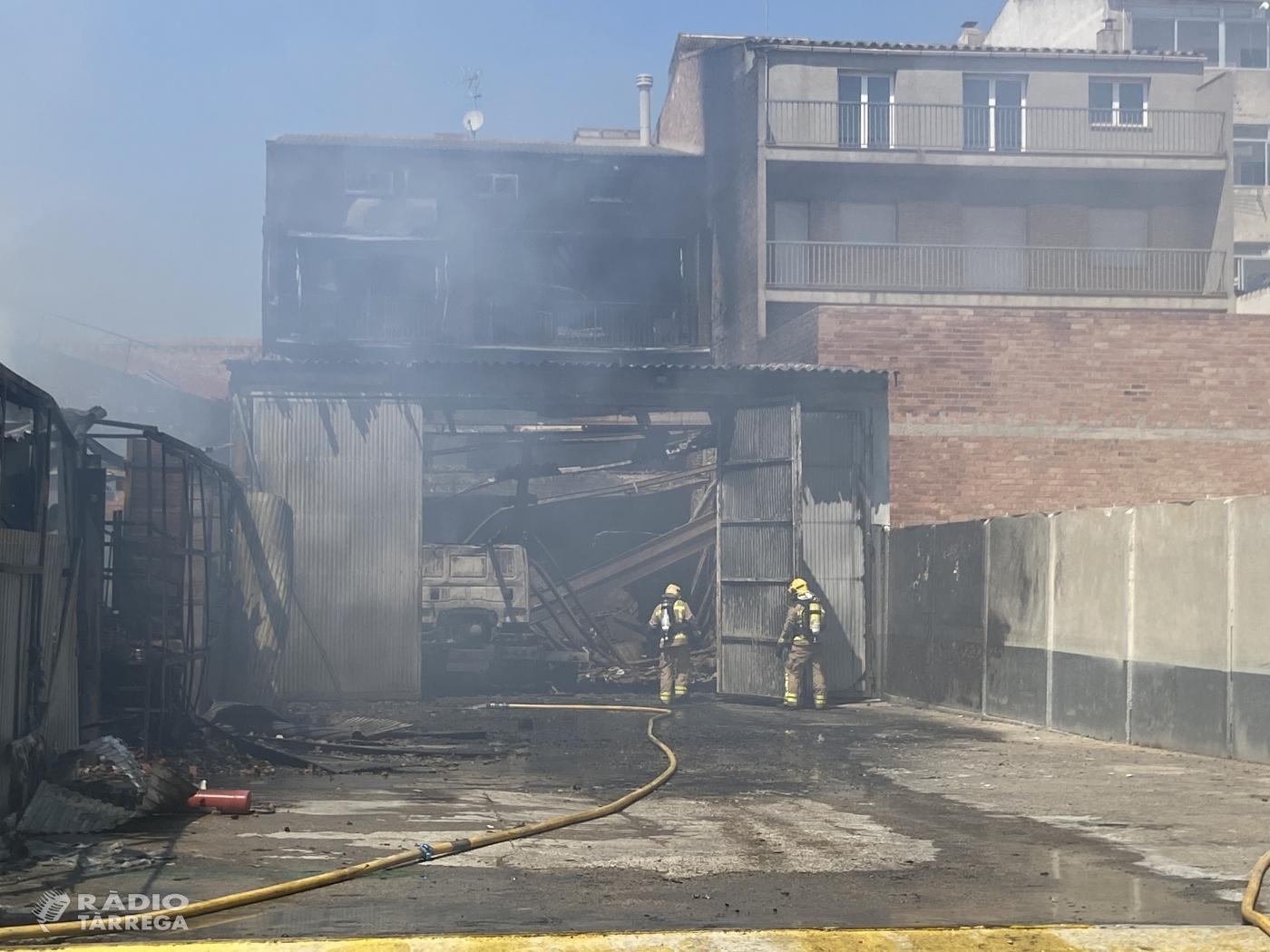 Es dona per extingit l'incendi originat aquest matí a Tàrrega