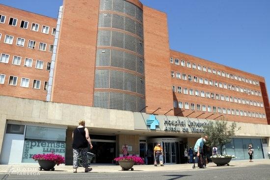 L'Hospital Arnau de Vilanova només utilitza una de les tres plantes per a pacients ingressats amb covid-19