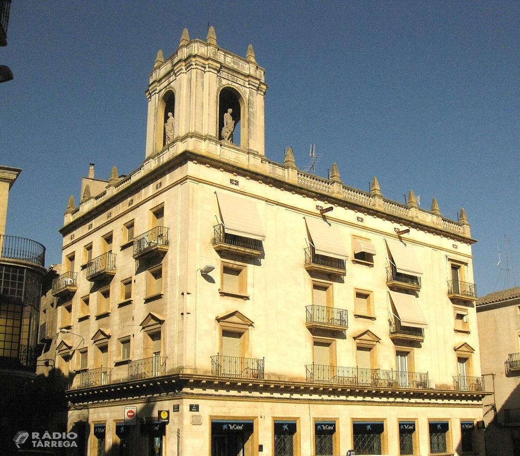 Junts per Tàrrega proposa que l'Ajuntament adquireixi l'oficina de CaixaBank de la plaça Major