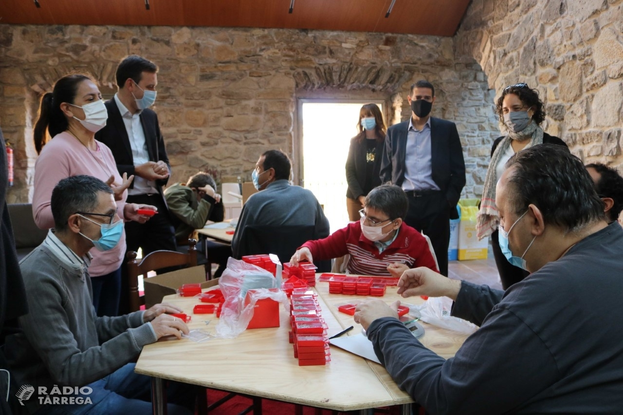 La Fundació 'la Caixa' i CaixaBank donen suport al Grup Alba per a la creació d'una sala multisensorial a l'Espai de Verdú