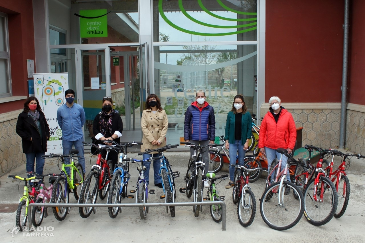 Tàrrega rep una donació de 18 bicicletes recuperades per a ús dels infants i joves del Centre Obert Ondara