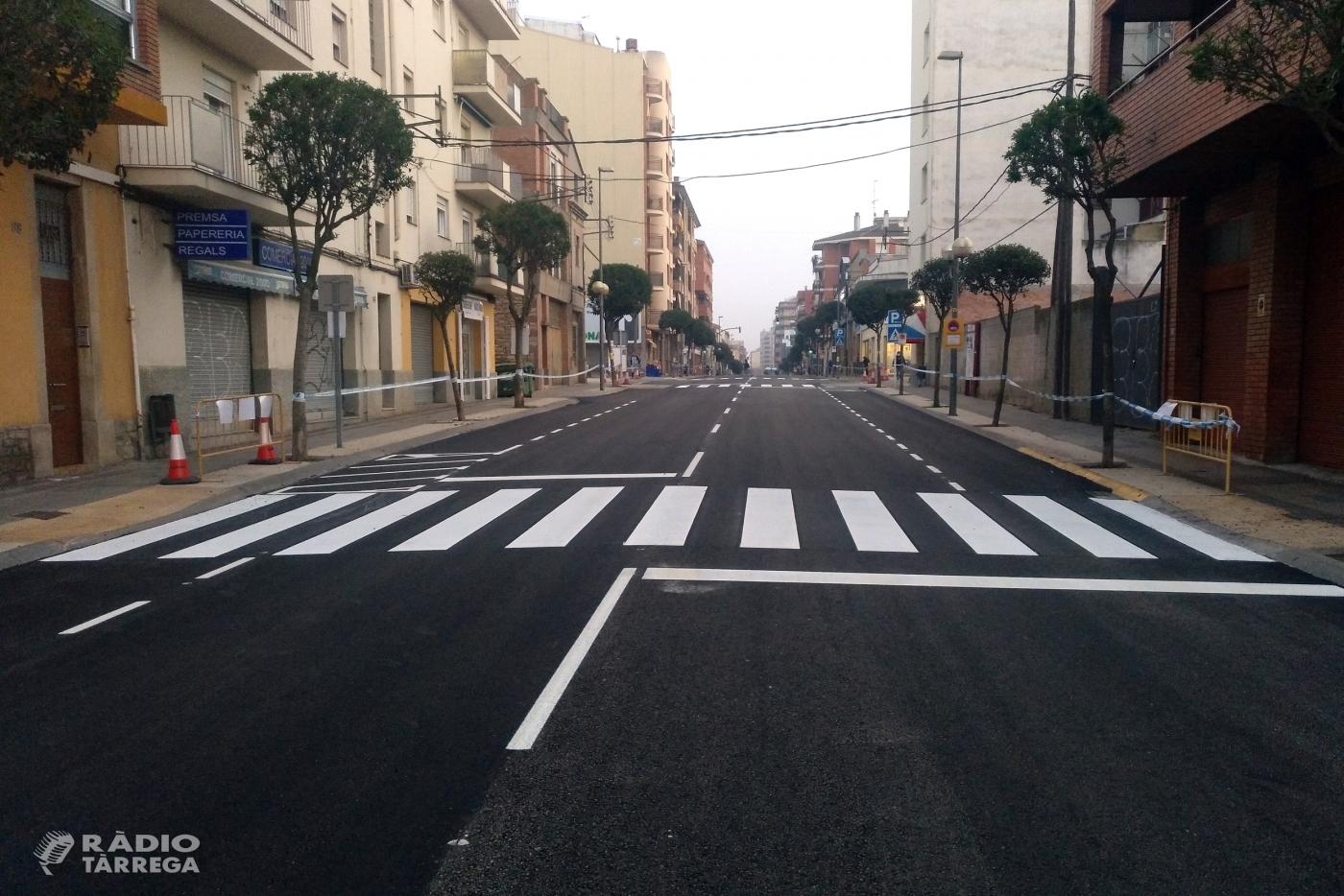 Avancen les obres de renovació del ferm de la C-14 i es reobre al trànsit el tram del carrer de Sant Pelegrí entre la plaça d'Andorra i la via fèrria