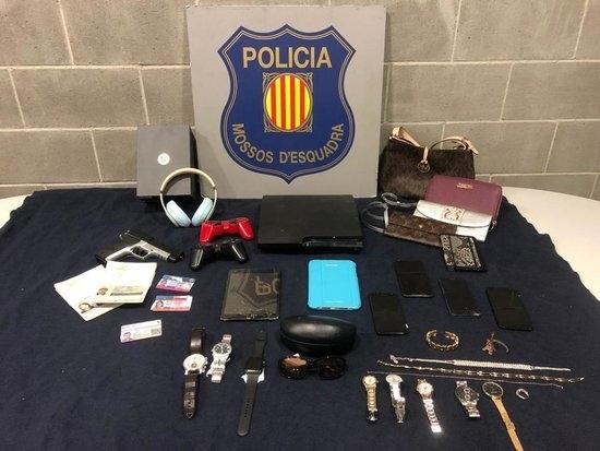 Ingressen a presó quatre lladres per vuit robatoris amb força en habitatges de diverses comarques